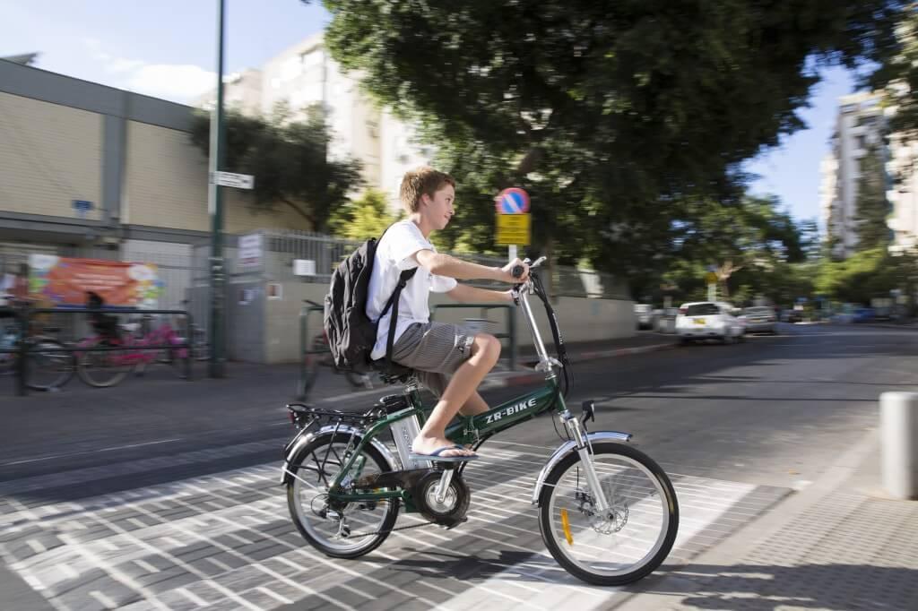 רכיבה נכונה על אופניים חשמליים